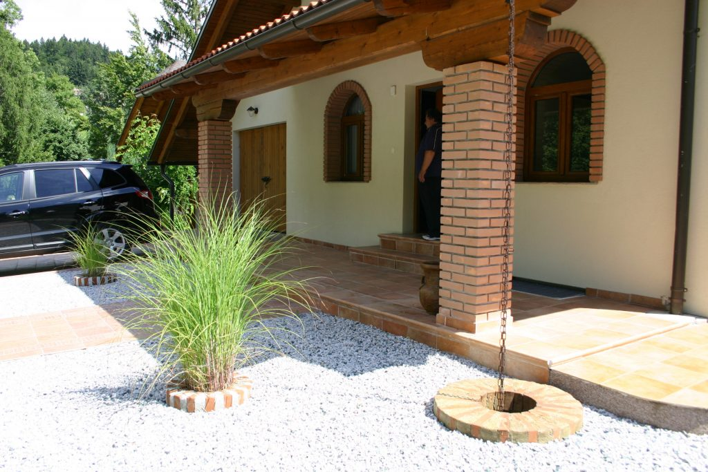 Apartma, počitniška hiša, mountain chalet, Javorniški Rovt, Gorenjska 009