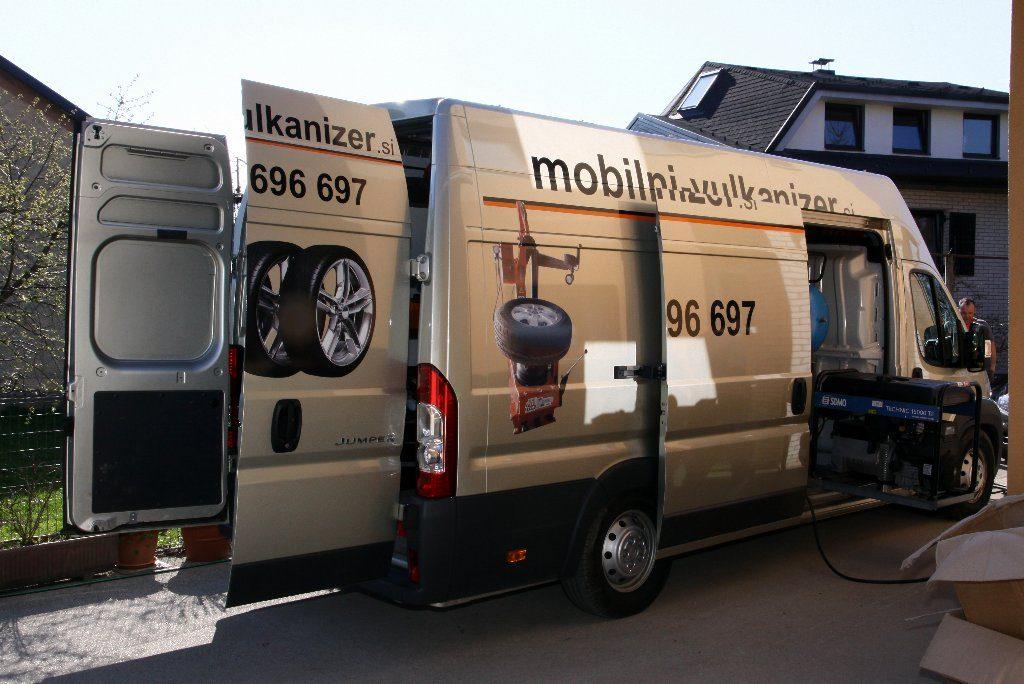 Mobilni vulkanizer, prodaja tovornih gum, prodaja traktorskih gum, prodaja gum za delovne stroje mobilni vulkanizer Renark 101