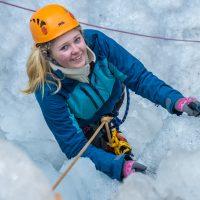 ICE CLIMBING - 1539599818