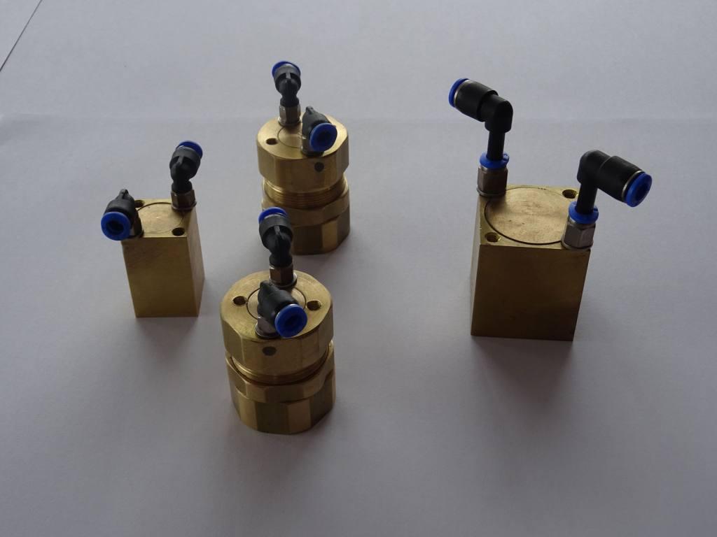 Magneti,-Elektro-magneti,-Ročni manipulatorji,-Robotska-prijemala-DSC00840