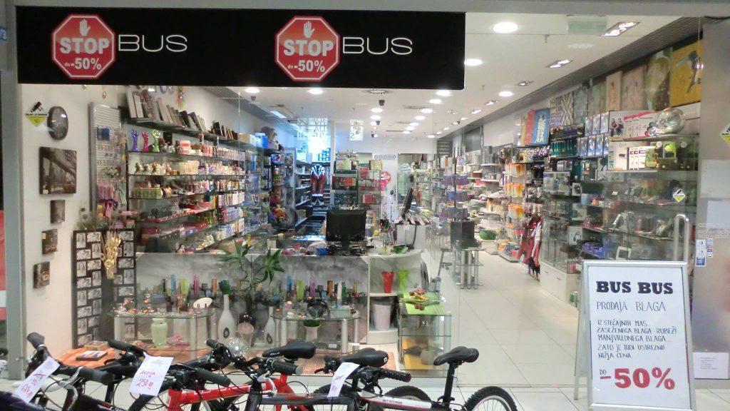 Razprodaja izdelkov iz stečajnih mas 001