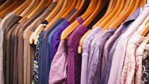 Trgovina z žensko konfekcijo, oblačila za starejše, trgovina z ženskimi oblačili 009