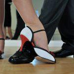 Ženska obutev, ženski čevlji, ženski gležnarji, visoki škornji, škornji s peto, gležnarji s platformo, gležnarji piščančki, ženske superge, ženski zimski škornji - GloriaLook 003