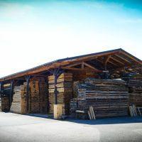 LGZ, lesno gozdarska zadruga, prodaja rezanega lesa, odkup in prodaja hlodovine, izdelovanje lesnih izdelkov, razrez, sušenje, odvoz lesa, Strah, Apače 9009--logo