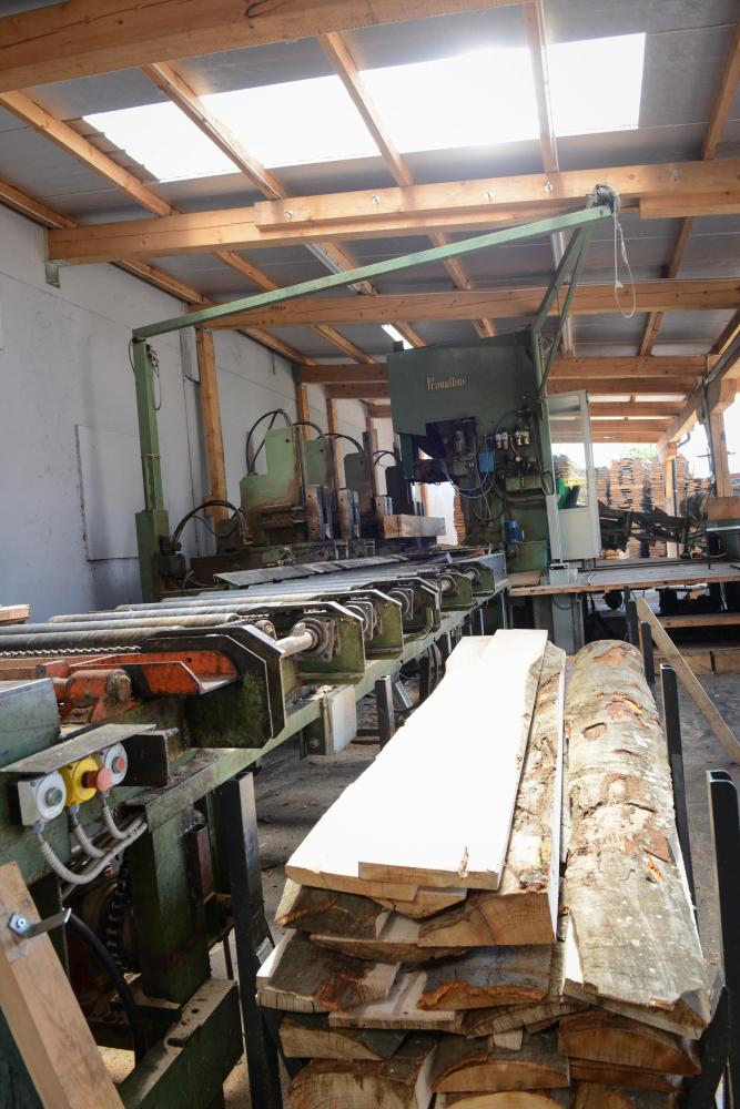 LGZ, lesno gozdarska zadruga, prodaja rezanega lesa, odkup in prodaja hlodovine, izdelovanje lesnih izdelkov, razrez, sušenje, odvoz lesa, Strah, Apače DSC_9046