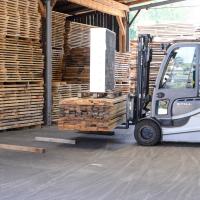 LGZ, lesno gozdarska zadruga, prodaja rezanega lesa, odkup in prodaja hlodovine, izdelovanje lesnih izdelkov, razrez, sušenje, odvoz lesa, Strah, Apače DSC_9122--logo