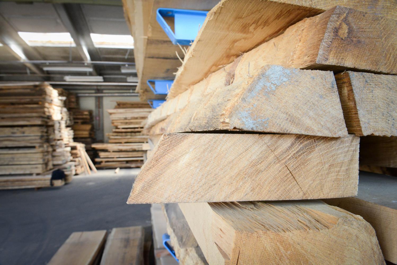 LGZ, lesno gozdarska zadruga, prodaja rezanega lesa, odkup in prodaja hlodovine, izdelovanje lesnih izdelkov, razrez, sušenje, odvoz lesa, Strah, Apače DSC_9136