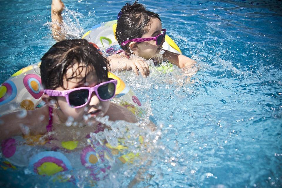 plavalna šola tinka tonka sunglasses-1284419_960_720