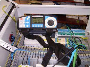 Elektroinstalacije za stroje, programiranje krmilnikov za stroje, selitve elektro strojev, pomoč pri selitvah strojev 010