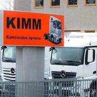 KIMM – izdelava kamionskih spojlerjev, spojler, zgornji spojler, Mercedes, Man, Daf, Volvo, Iveco, Scania, Atego, Sprinter, Ford, Fiat, Volkswagen, Citroen,Sprinter, Strešni spojler, Kamionski spojler, Spojler za kamion, Spojler za kombi--logo