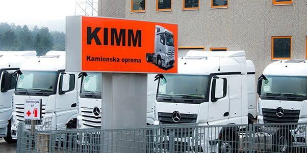 KIMM - izdelava kamionskih spojlerjev, spojler, zgornji spojler, Mercedes, Man, Daf, Volvo, Iveco, Scania, Atego, Sprinter, Ford, Fiat, Volkswagen, Citroen,Sprinter, Strešni spojler, Kamionski spojler, Spojler za kamion, Spojler za kombi