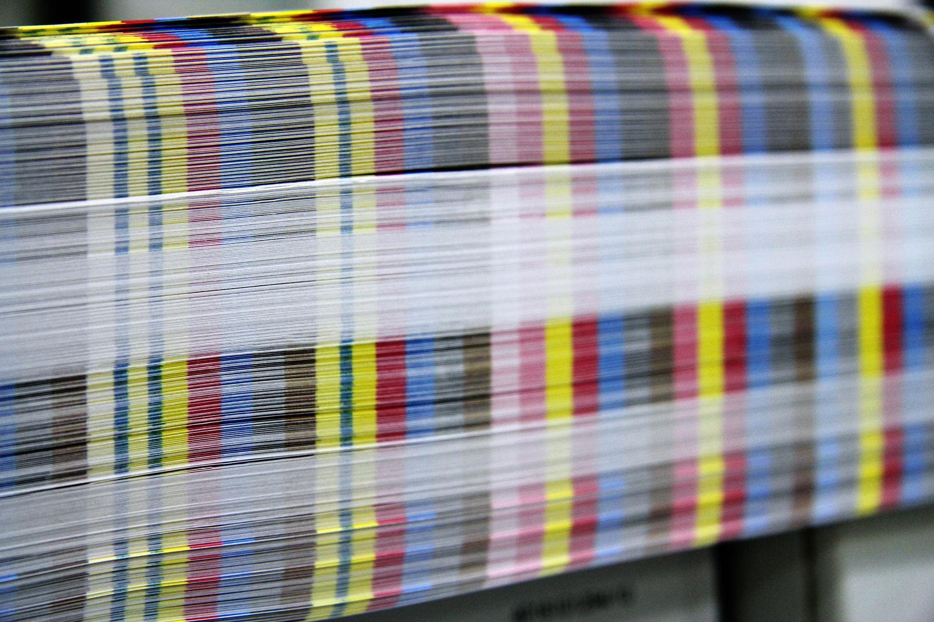 Spiraljenje koledarjev, tisk majic, novoletni program, koledarji, tisk na majice, tampotisk, sitotisk, potisk poslovnih daril, poslovna darila, D-design 108