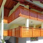 MLINAR d.o.o., balkonske ograje, vrtne ute, pergole in brunarice, nadstreški za avte iz lesa, sedežne garniture in klopi, predelava lesa, lesene ograje41