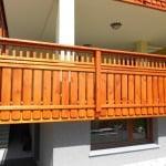 MLINAR d.o.o., balkonske ograje, vrtne ute, pergole in brunarice, nadstreški za avte iz lesa, sedežne garniture in klopi, predelava lesa, lesene ograje40