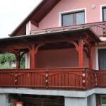 MLINAR d.o.o., balkonske ograje, vrtne ute, pergole in brunarice, nadstreški za avte iz lesa, sedežne garniture in klopi, predelava lesa, lesene ograje77