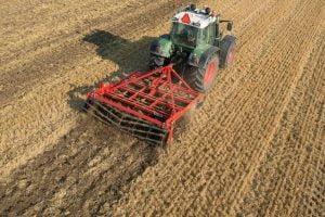 M. REBERNIK d.o.o. - Konzervirajoča obdelava tal, Ohranitveno kmetijstvo, Kompostirna obdelava tal, Ohranitvena obdelava tal 004