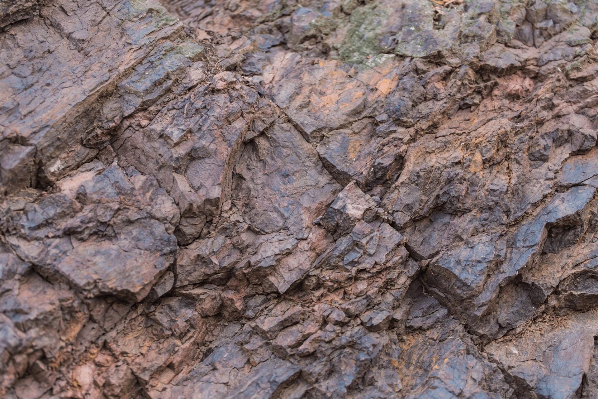 georudeko - geologija, rudarjenje, ekologija, ekosistemske rešitve in urejanje postopka