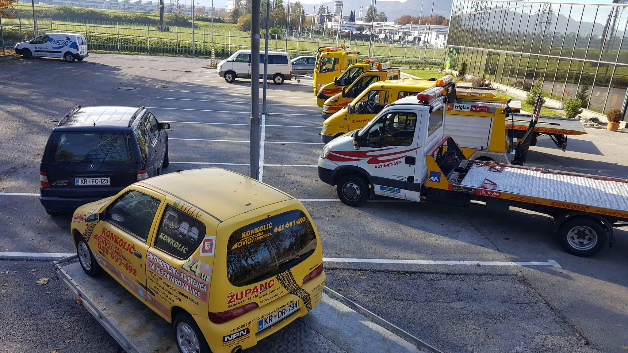 Avtovleka Kranj - Avtoasistenca Konkolič Kranj received_10206014330632463